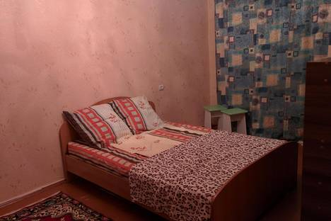 Сдается 1-комнатная квартира посуточнов Саянске, Строителей, д 7.