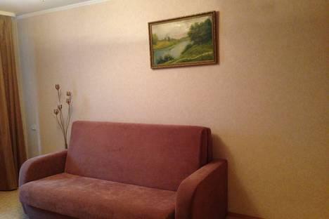 Сдается 1-комнатная квартира посуточнов Саратове, ул. Новоузенская, 46/52.