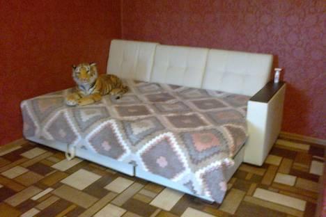 Сдается 1-комнатная квартира посуточнов Казани, ул. Хусаина Мавлютова 8\20.