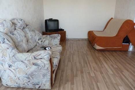 Сдается 2-комнатная квартира посуточно, Строителей проспект, 50а.