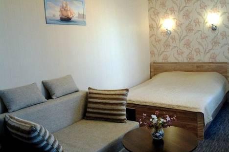 Сдается 2-комнатная квартира посуточно в Новом Свете, Льва Голицина, 36.