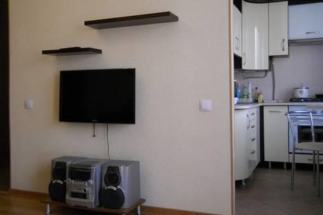 Сдается 3-комнатная квартира посуточно в Севастополе, ул.Ефремова 14.