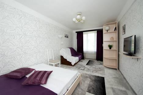 Сдается 1-комнатная квартира посуточнов Санкт-Петербурге, ул. Ленсовета, 70.