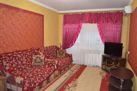 Сдается 1-комнатная квартира посуточнов Новой Каховке, Парижской Коммуны 3-А.
