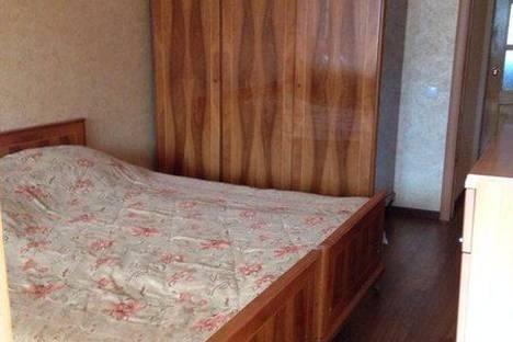 Сдается 3-комнатная квартира посуточно в Сочи, Островского, 37.