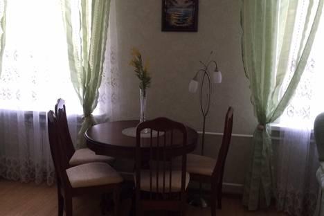 Сдается 2-комнатная квартира посуточно в Кисловодске, ул. Желябова, 15.