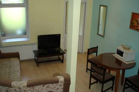 Сдается 1-комнатная квартира посуточно в Ялте, Республика Крым,улица Кирова, 10.