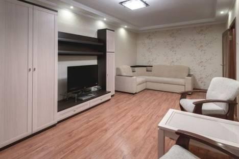 Сдается 2-комнатная квартира посуточно в Сочи, Навагинская улица, д. 12.