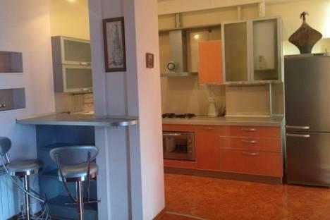 Сдается 3-комнатная квартира посуточнов Сочи, Лермонтова улица, д. 1\1.