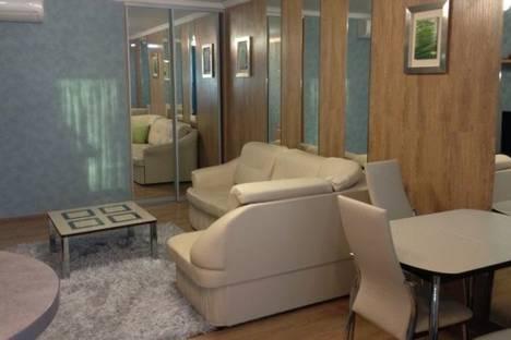 Сдается 2-комнатная квартира посуточнов Сочи, Курортный проспект, д. 75.