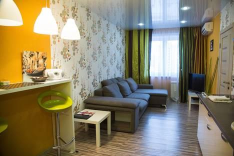 Сдается 2-комнатная квартира посуточно, ул. Дмитрия Мартынова, 20.