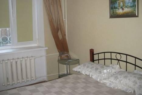 Сдается 2-комнатная квартира посуточно в Севастополе, Нахимова проспект, д. 7.