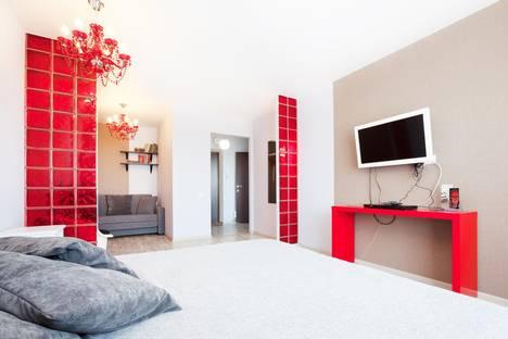 Сдается 1-комнатная квартира посуточно в Екатеринбурге, ул. Белинского, 137.