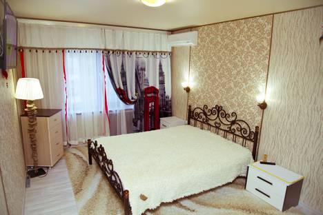Сдается 1-комнатная квартира посуточно в Туапсе, Карла Маркса 61, Центр, возле памятника Ленину.