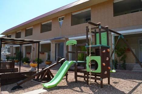 Сдается 1-комнатная квартира посуточно в Алуште, с.Солнечногорское, Табачная 15.