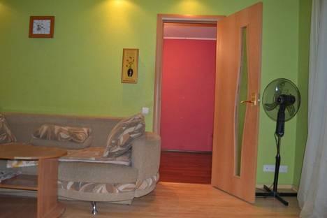 Сдается 2-комнатная квартира посуточно в Петрозаводске, ул. Анохина, 37.