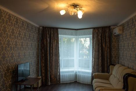 Сдается 2-комнатная квартира посуточнов Уфе, Хадии Давлетшиной бульвар, 8.