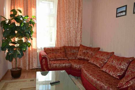 Сдается 3-комнатная квартира посуточнов Североморске, проспект имени Ленина, 80.