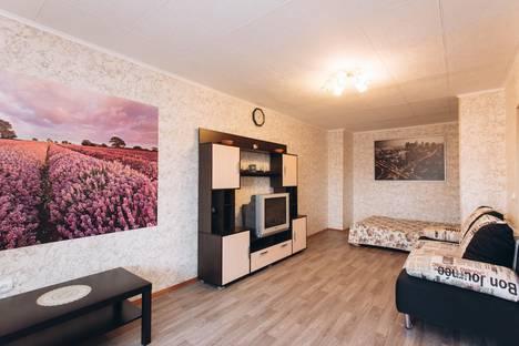Сдается 1-комнатная квартира посуточнов Екатеринбурге, Белореченская ул., 24к4.