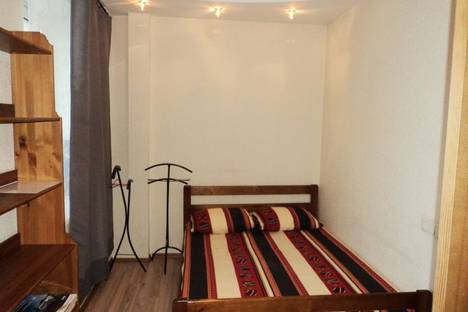 Сдается 3-комнатная квартира посуточно в Нижнем Новгороде, площадь Горького, 1.