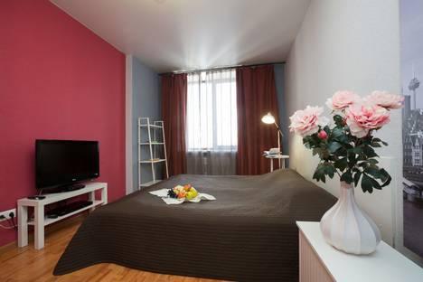 Сдается 1-комнатная квартира посуточно в Екатеринбурге, ул. Белинского, 86.