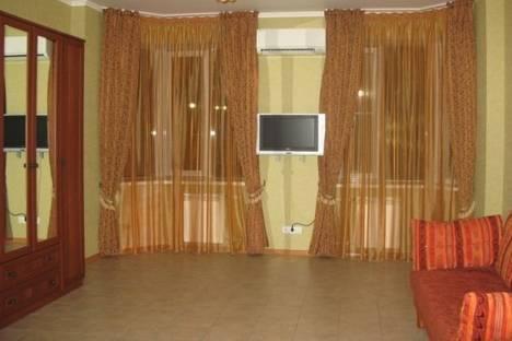 Сдается 2-комнатная квартира посуточно в Геленджике, Туристическая улица, д. 6.