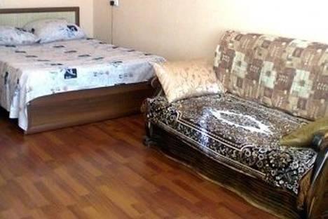 Сдается 1-комнатная квартира посуточно в Ейске, Свердлова улица, д. 120.